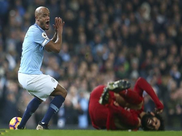 Man City hạ Liverpool: Vận đen cho Salah