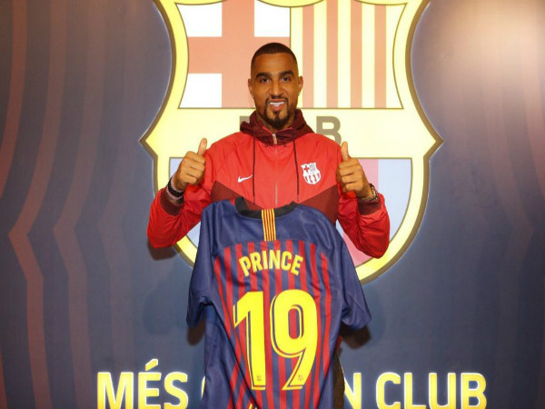 Tin bóng đá Quốc tế 22/1: Boateng bất ngờ gia nhập Barca
