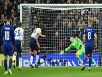 Tottenham chiến thắng Chelsea nhờ công nghệ VAR