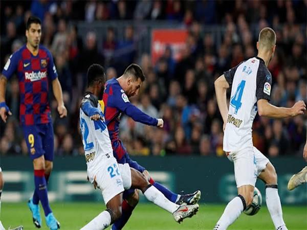 Barca 4-1 Alaves: Barca lại tạo khoảng cách