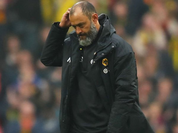 "Bản tin tối 2/3 : Atletico nhắm ""thuyền trưởng"" Wolves thay Simeone"