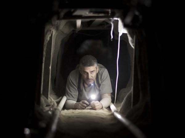 Mơ thấy hầm tối là điềm báo điều gì? Đánh số nào may mắn?