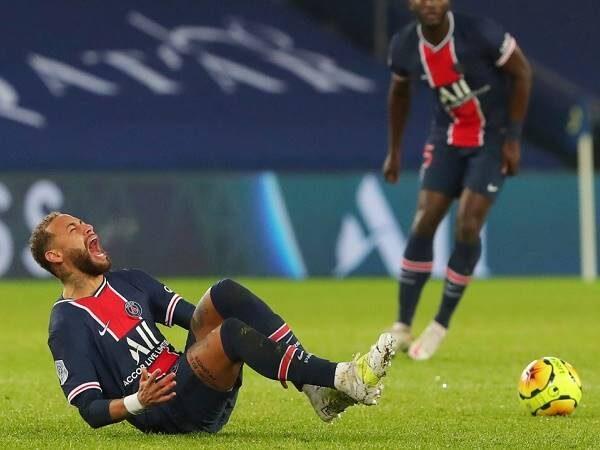 Bóng đá quốc tế sáng 14/12: Neymar gào khóc vì chấn thương nặng