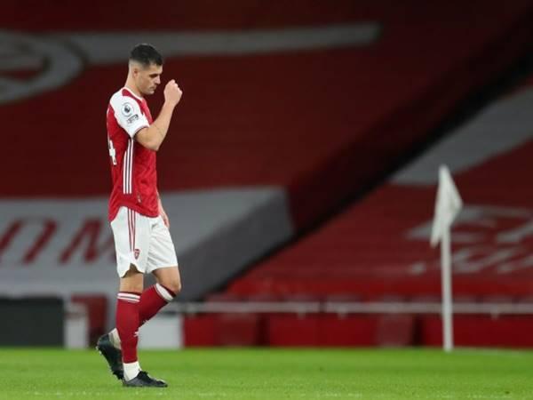 Tin bóng đá 14/12: CĐV Arsenal vui mừng với chiếc thẻ đỏ của Xhaka