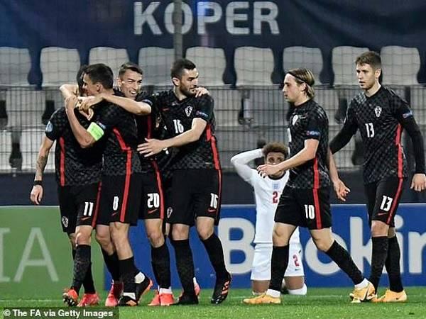 Bóng đá Quốc tế 1/4: U21 Anh bị loại khỏi giải trẻ châu Âu