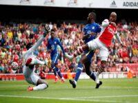 Bóng đá Anh 11/10: Arsenal tự tin mua sắm nếu bán được Lacazette